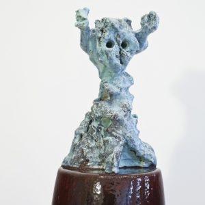 "detail from ""Personnage VIII"", 2014, Glazed ceramic 161,5 x 30 x 31 cm"
