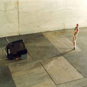 """Skin"", 1994, Cloth, video projector 38 x 10 x 8 cm"