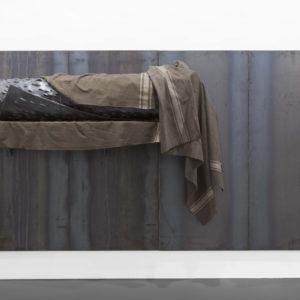 Jannis KOUNELLIS, Untitled 2012, Iron, military blankets, 200 x 400 x 50 cm