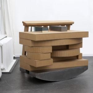 Harald KLINGELHÖLLER, Dieses als Jenes 1991, Cardboard, steel, mirror, 120 x 110 x 110 cm