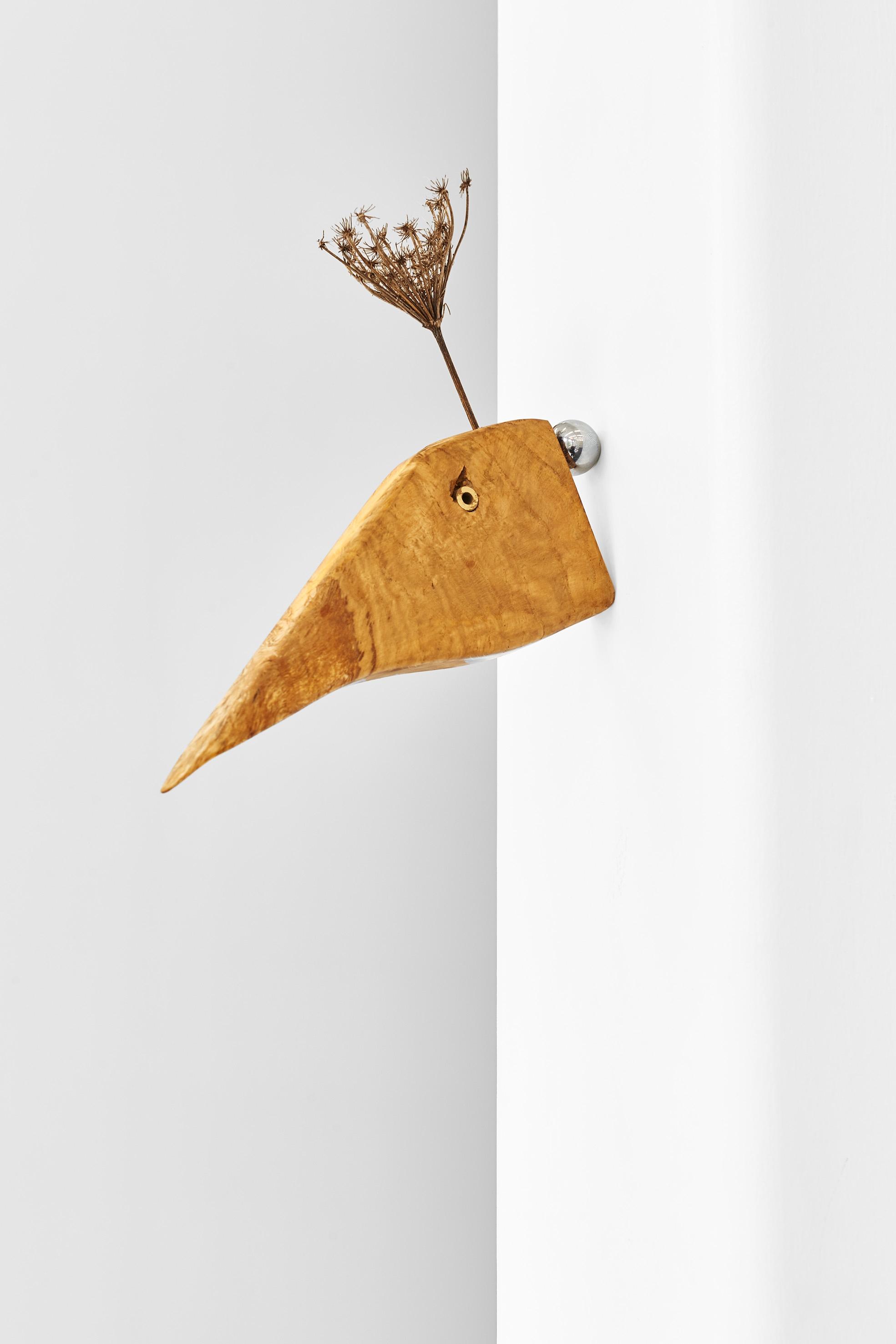"""Canard Royale"", 2020, Magnet, Oak, Brass, Vegetal, 23 x 16 x 6 cm"